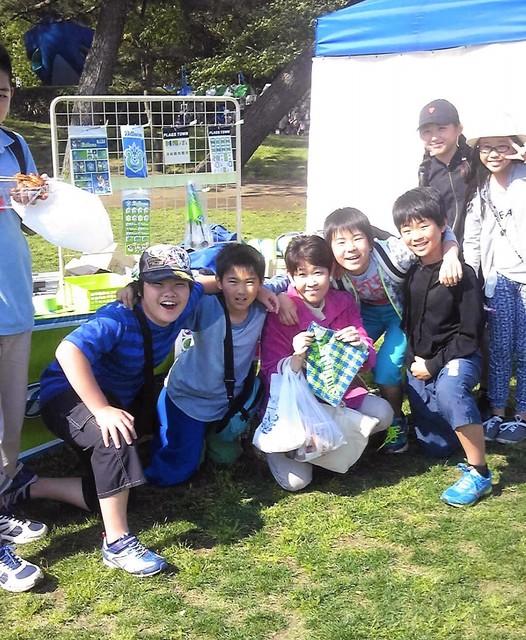 緑化祭りで子供たちと.jpg